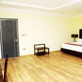 Room Sapphire Suite